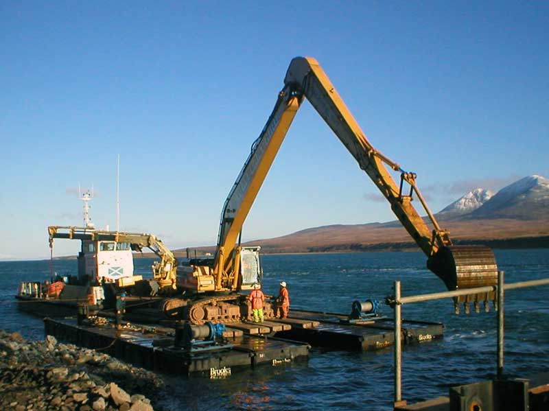 CAT 345 on modular pontoon