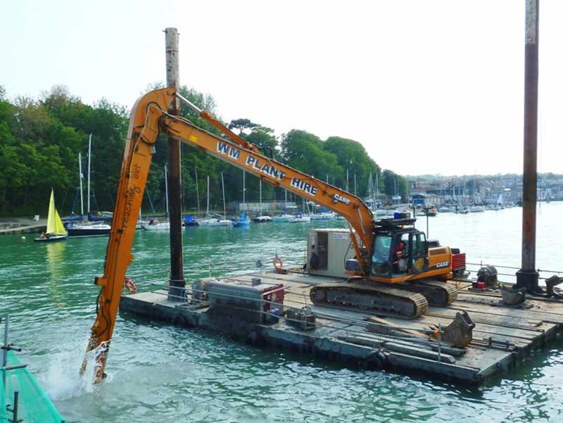18m long reach on pontoon