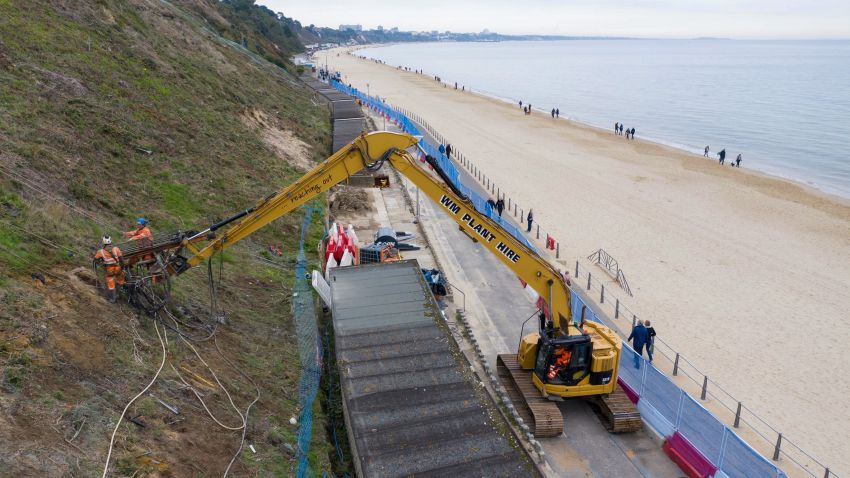 Canford Cliff Stabilisation with Zero Tail Long reach